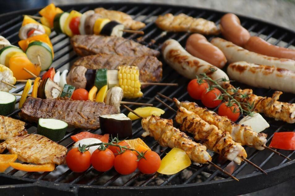 Der Klassiker: Neben Fleisch auch mal Gemüse grillen. So einfach ist die gesunde Alternative.