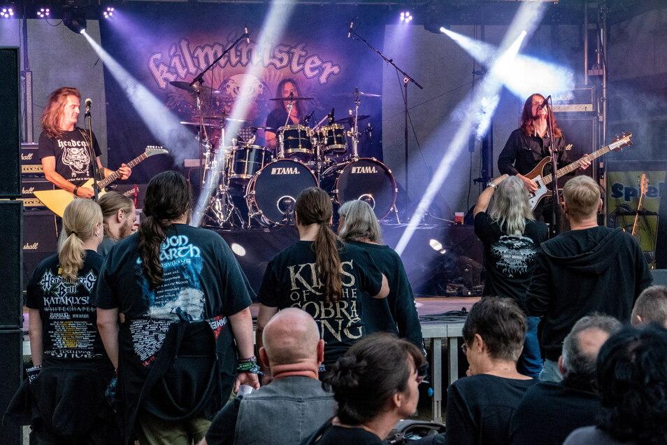 """Auf der Ritterstraße in Döbeln gab es am Samstagabend ein Konzert mit der Band """"Kilminister""""."""