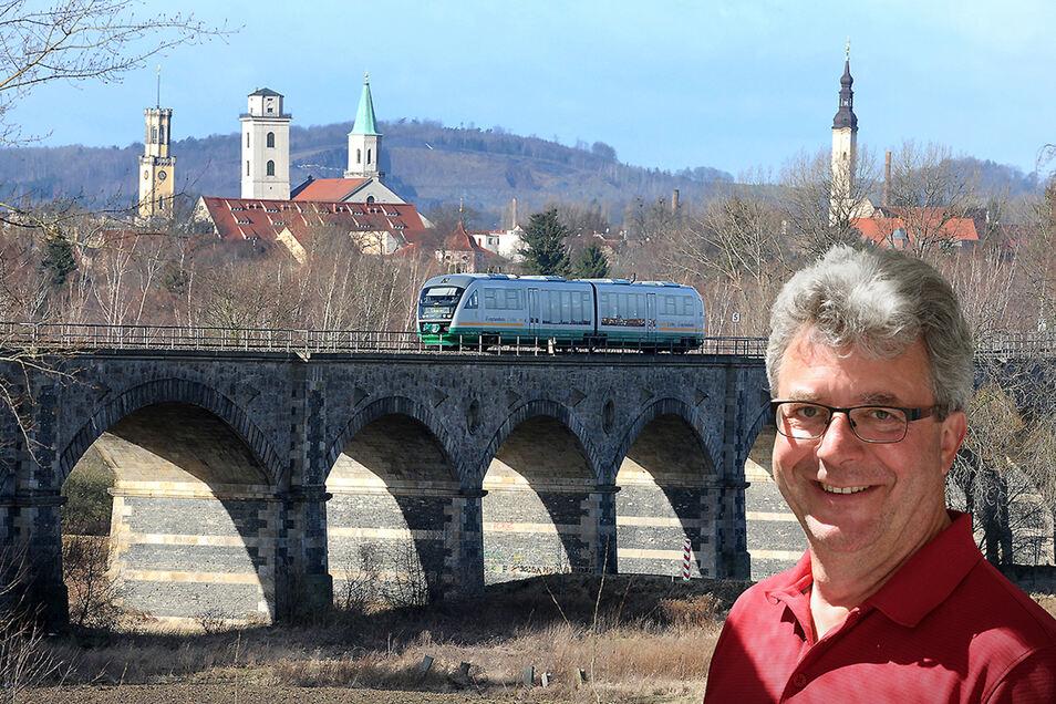 Großschönaus Bürgermeister Frank Peuker ist der Wortführer des Bürgermeister-Protestes gegen Kapazitäts-Minderung beim Trilex.
