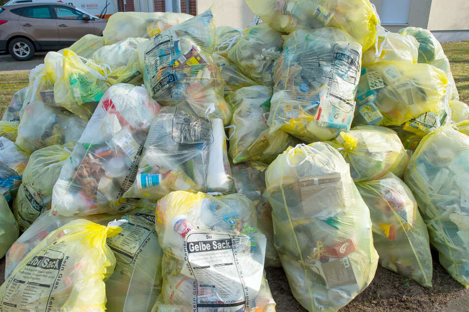 Das Ergebnis der Wegwerfkultur: Mengen an Plastikmüll.