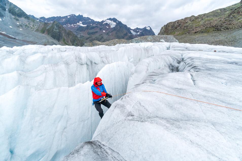 Rettung aus einer Gletscherspalte.