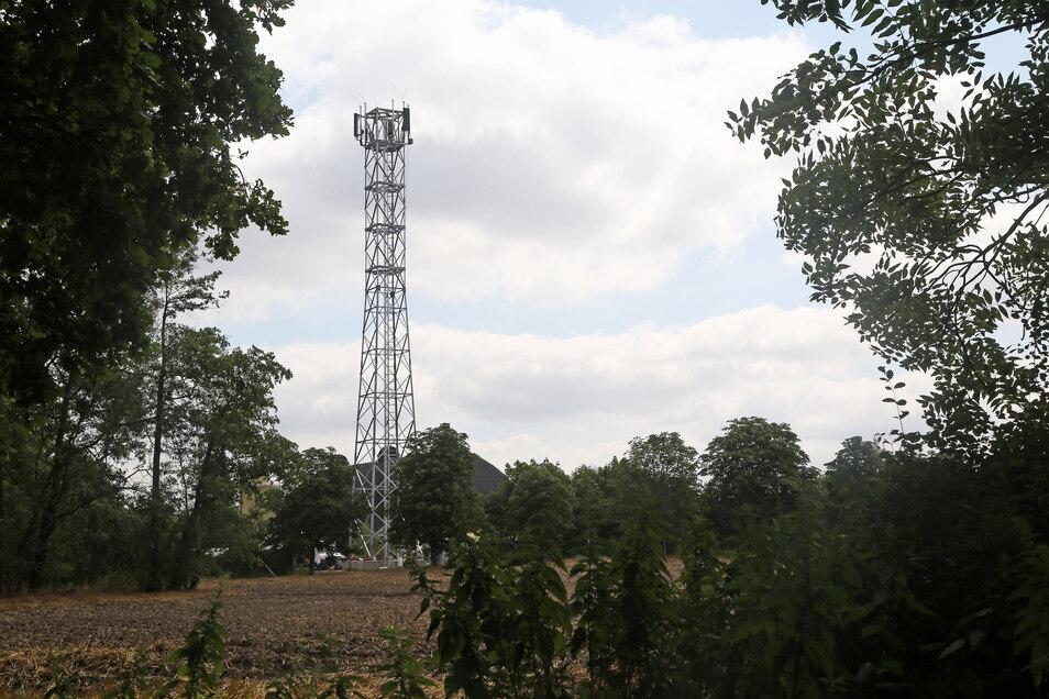 Mit solchen LTE-Funkmasten wird das mobile Breitbandinternet schnell. Weitere Anlagen sind schon geplant.