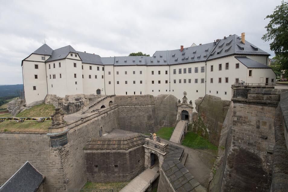 Beschäftigte auf der Festung Königstein werden nicht nach Tarif bezahlt.