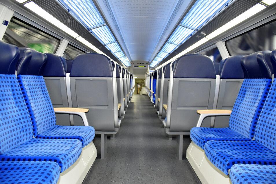 Im neuen Triebwagen sind 90 zusätzliche Sitzplätze vorhanden.