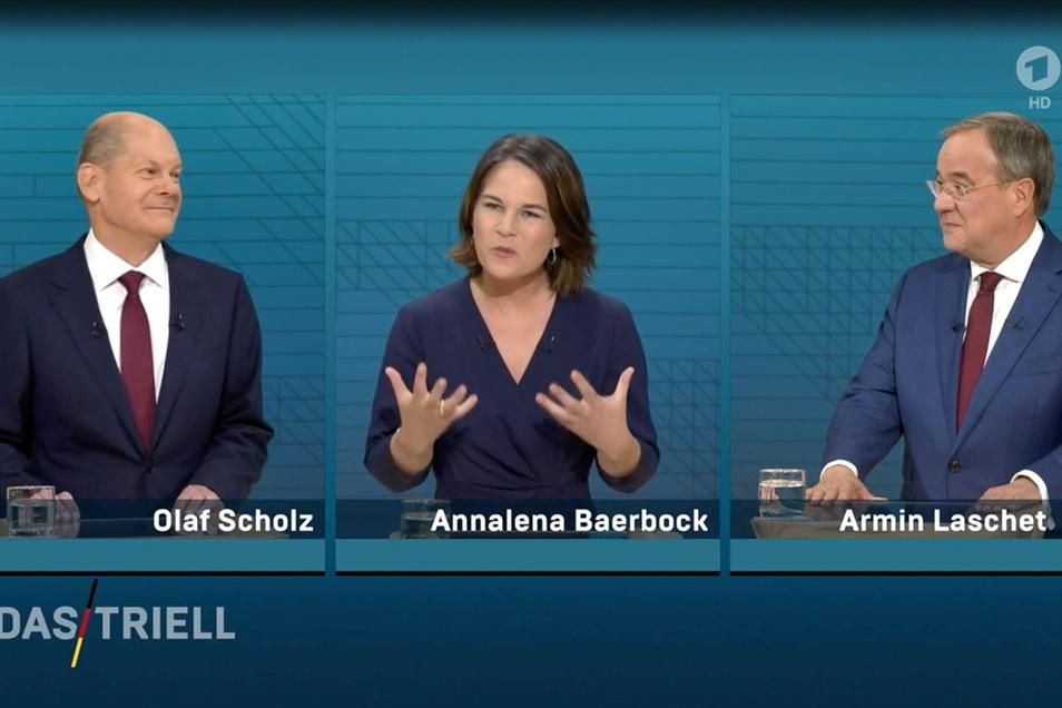Die deutliche Mehrheit der Sachsen wünscht sich nach der Bundestagswahl einen politischen Neuanfang. Einem der drei Kanzlerkandidaten trauen sie dies am ehesten zu.