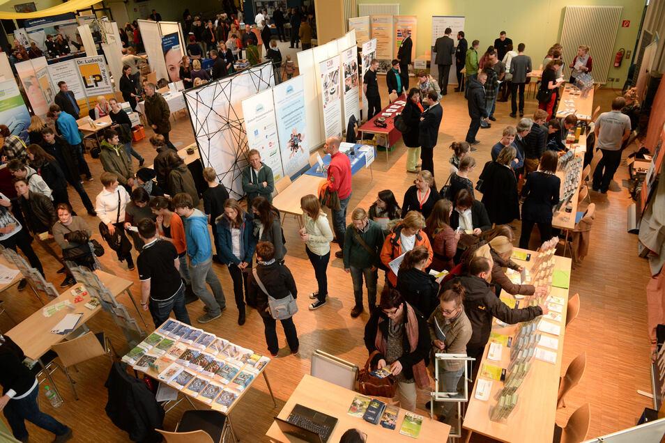 Das Landratsamt Pirna plant wieder eine Uni-Börse im Dippoldiswalder Gymnasium.