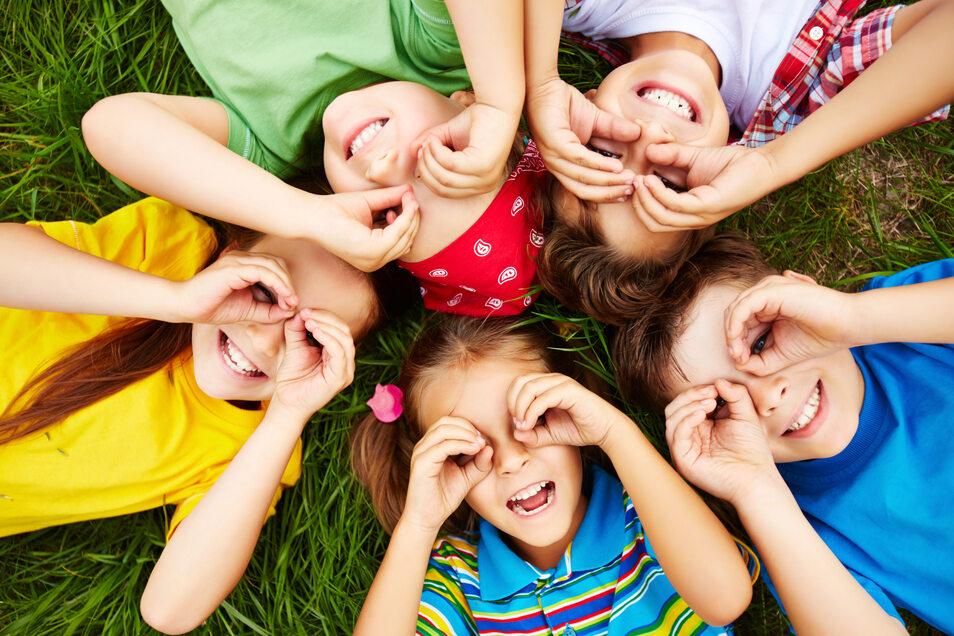 Wer im Jahr 2020 in mindestens einem Monat Anspruch auf Kindergeld hatte, erhält den Kinderbonus.