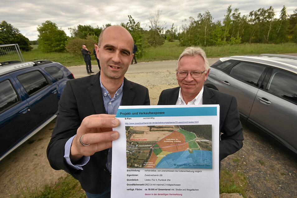 Martin Wolf und Frank Neubert starteten gemeinsam die Vermarktung des neuen Ferienhausgebietes am Sedlitzer See.