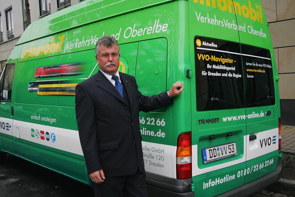 Das VVO-Infomobil ist im ganzen Verbundraum unterwegs. Hier Jürgen Wirth.