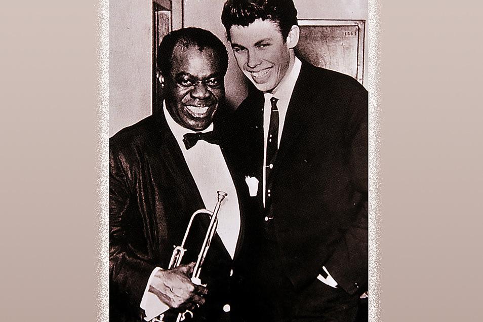 Er lernte zahlreiche Stars der Musikszene persönlich kennen: hier Louis Armstrong.