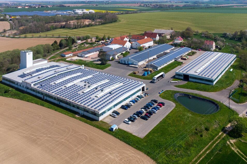 Die Produktionsstätte der Firma Spezialdrähte in Ossig von oben. Dort soll eine Halle angebaut werden.