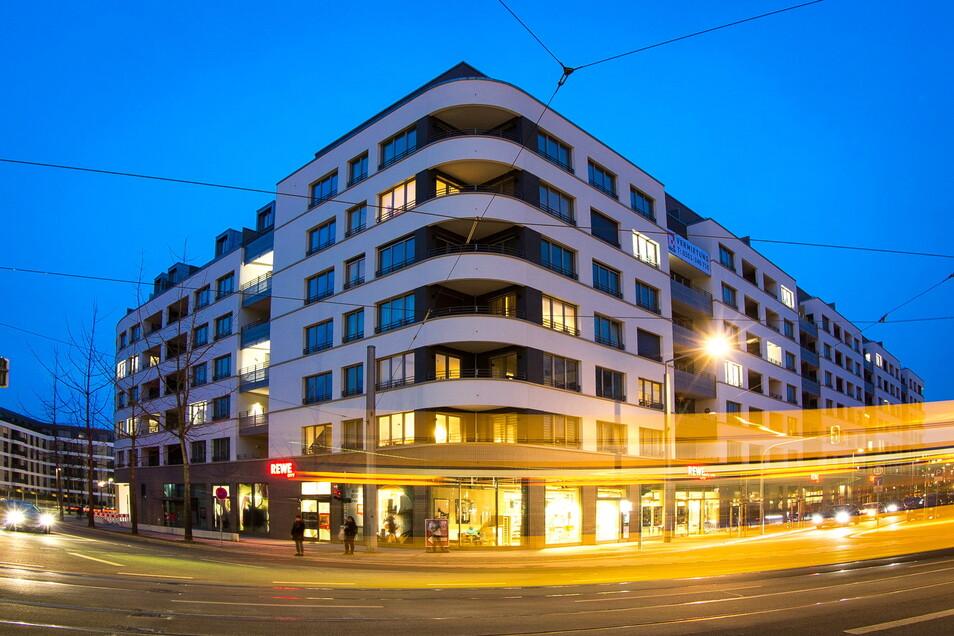 142 Wohnungen gibt es in diesem Neubau neben dem Schauspielhaus.