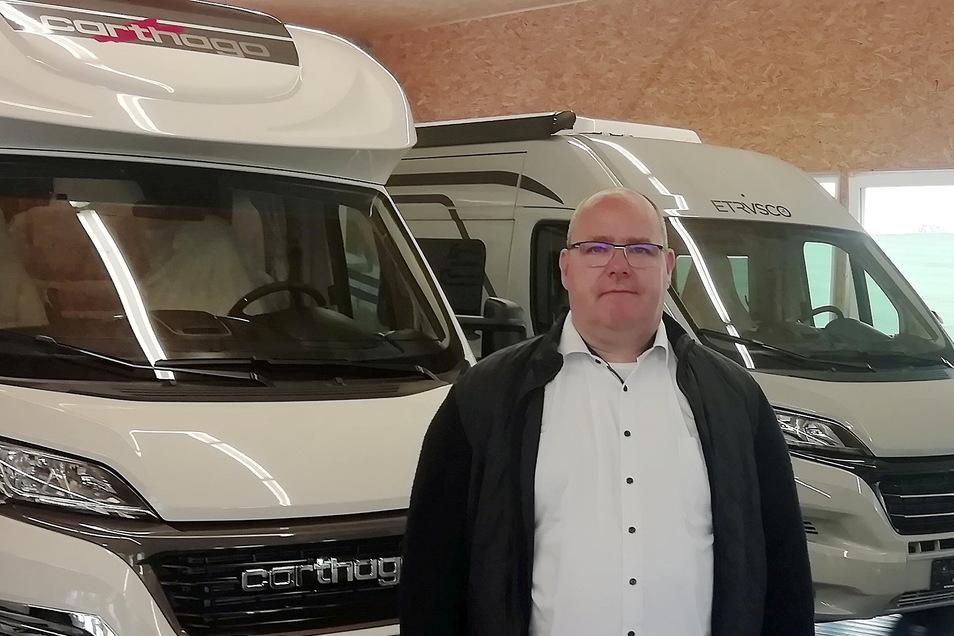 Der Radeberger Geschäftsmann Daniel Sperling investiert jetzt in den neuen Standort seines Unternehmens in Kamenz.