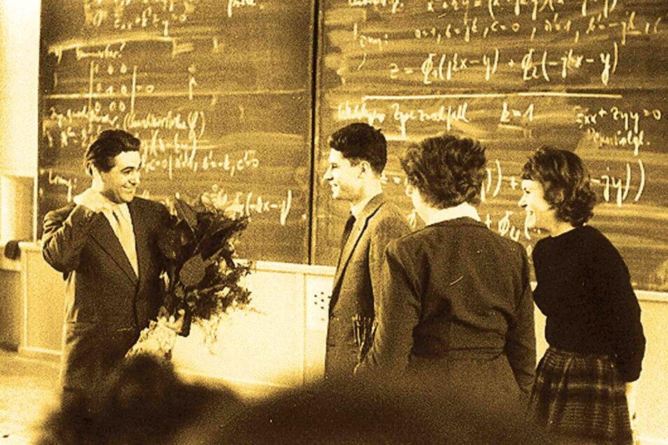 Nikolaus Joachim Lehmann (l.) aus Camina bei Radibor gilt als Wegbereiter des Personalcomputers. An der Technischen Hochschule Dresden war er Direktor des Instituts für Maschinelle Rechentechnik.