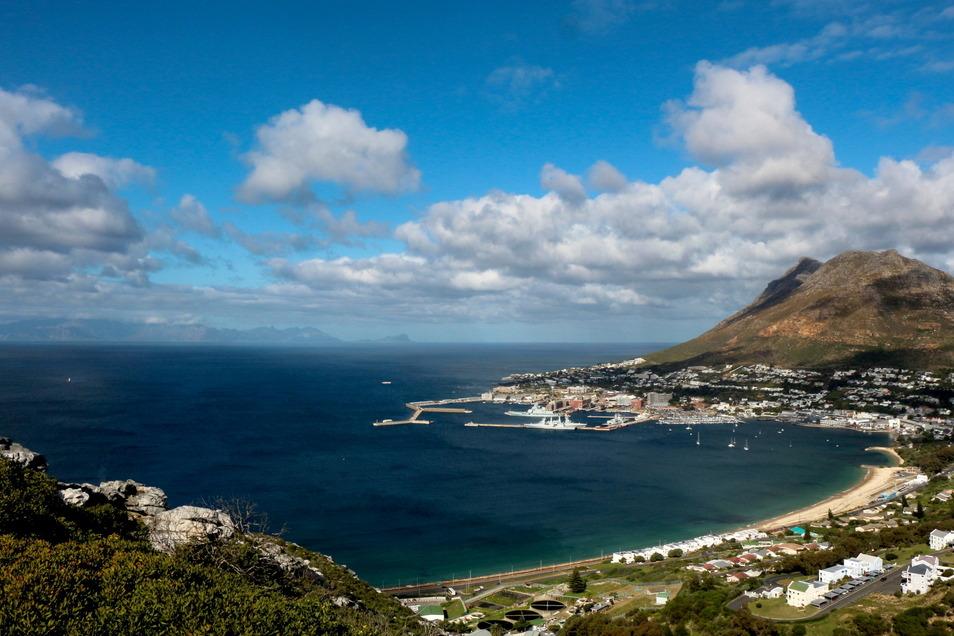 Blick über die False Bay bei Kapstadt.