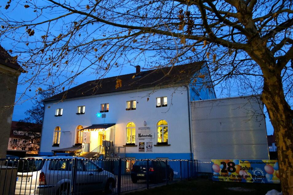 Der Verein Hafenstraße e.V. hat seinen Sitz auf einem städtischen Grundstück. Die Stadt will den Verein auch durch einen Mieterlass unterstützen.