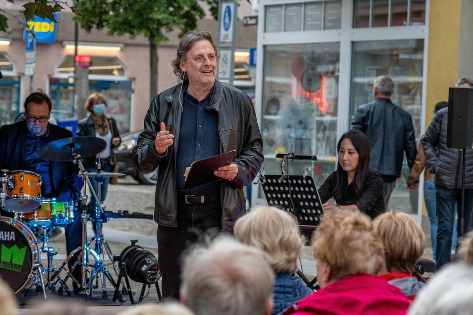 """Intendant Ralf-Peter Schulze hat schon einmal auf die neue Spielzeit des Mittelsächsischen Theaters neugierig gemacht. Diese steht unter dem Motto """"Lebenswert""""."""