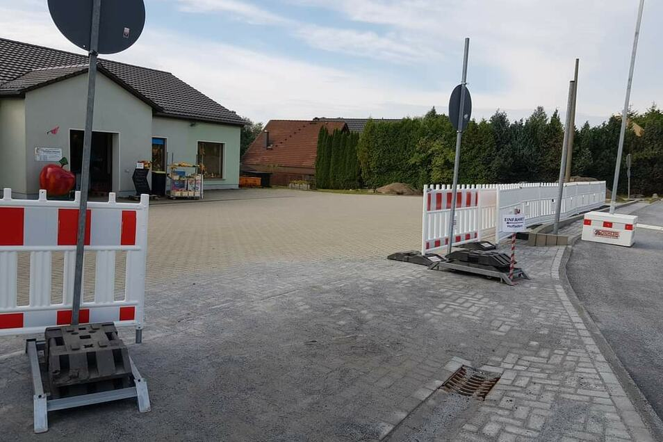 Der Hofladen von Nadine Menzel in Rammenau ist jetzt wieder direkt erreichbar - zumindest aus Richtung Bischofswerda.