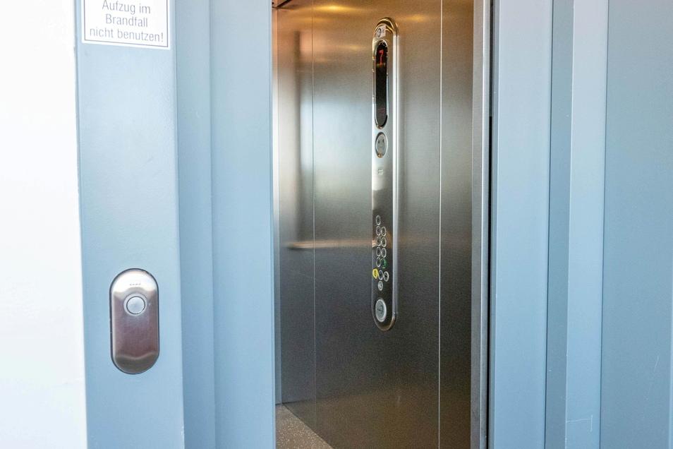 ... ist der Aufzug als Hilfsmittel unerlässlich.