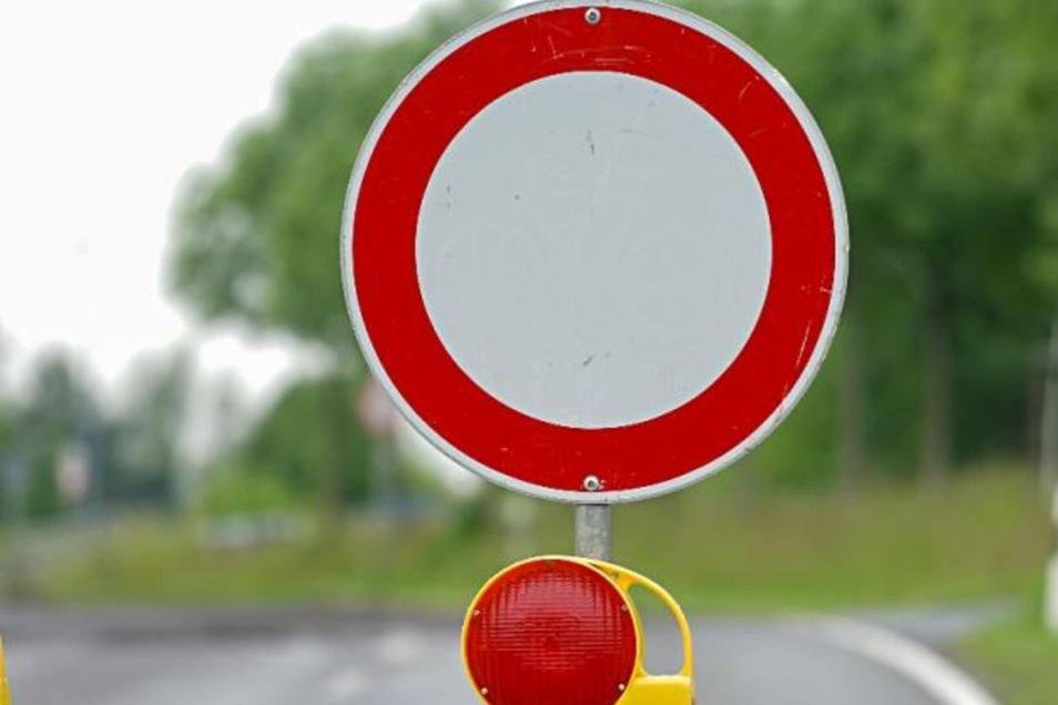 Für den Straßenbau muss die Straße voll gesperrt werden.