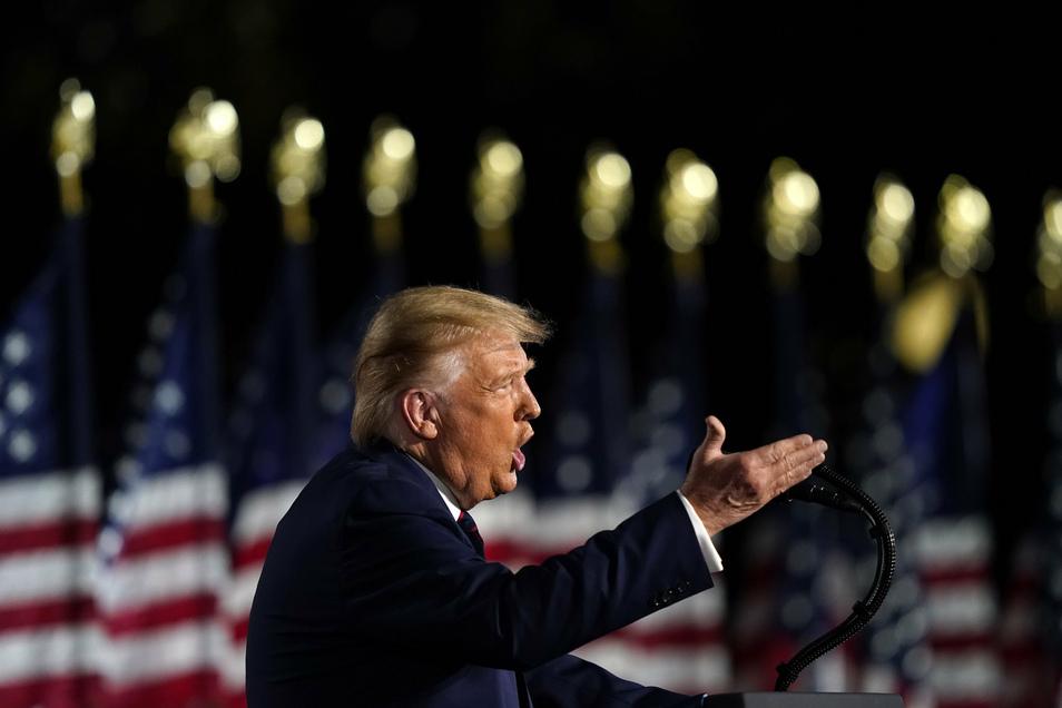 Donald Trump, Präsident der USA, spricht auf dem Südrasen des Weißen Hauses während des Parteitages der Republikaner.