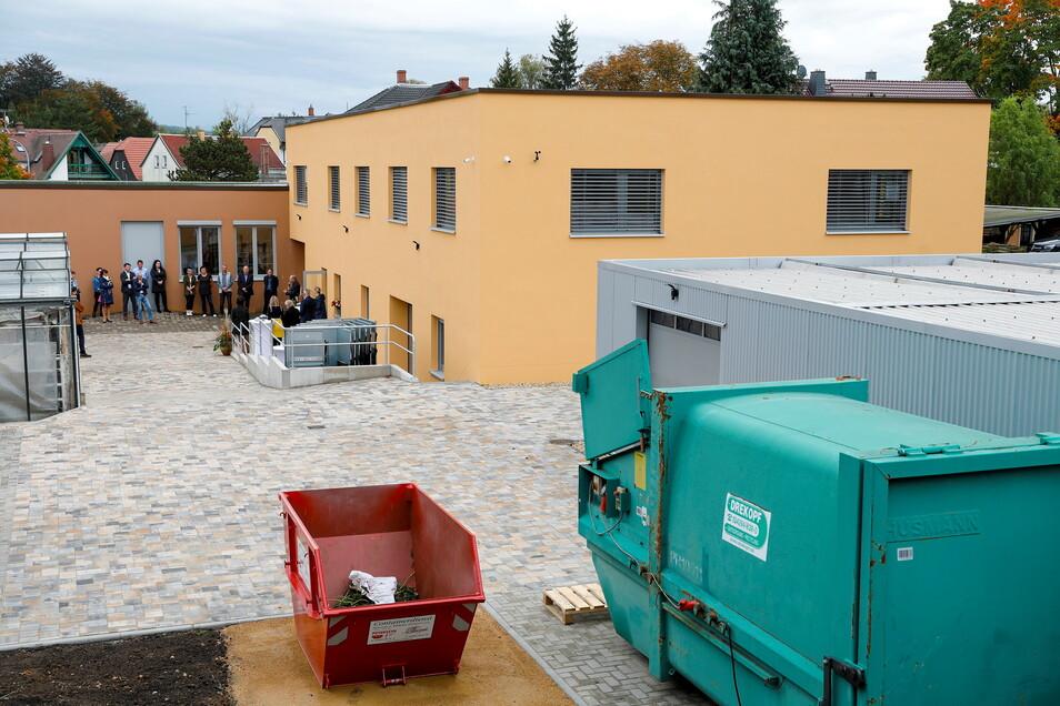 Blick auf den neuen Anbau am Firmensitz in Hirschfelde. In dem Gebäude ist jetzt Platz für den Versandhandel und neue Büros.
