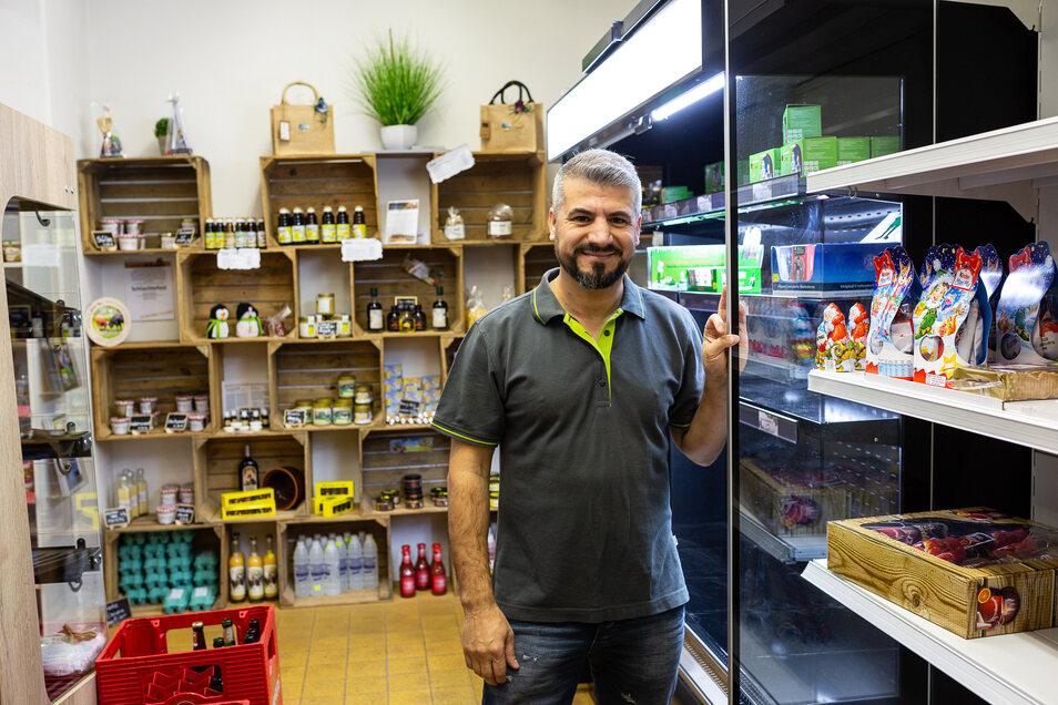 In seinem Lebensmittelmarkt in Rabenau erweitert Metin Arslan die Verkaufsfläche und das Angebot.