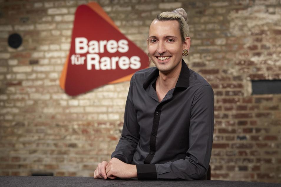 """Fabian Kahl von """"Bares für Rares"""" glaubt nicht, dass die Juwelendiebe die Schmuckstücke aus dem Grünen Gewölbe auseinander nehmen."""