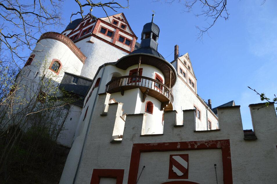Die Außenanlagen von Schloss Rochsburg werden am Sonntag bei einer Führung vorgestellt.