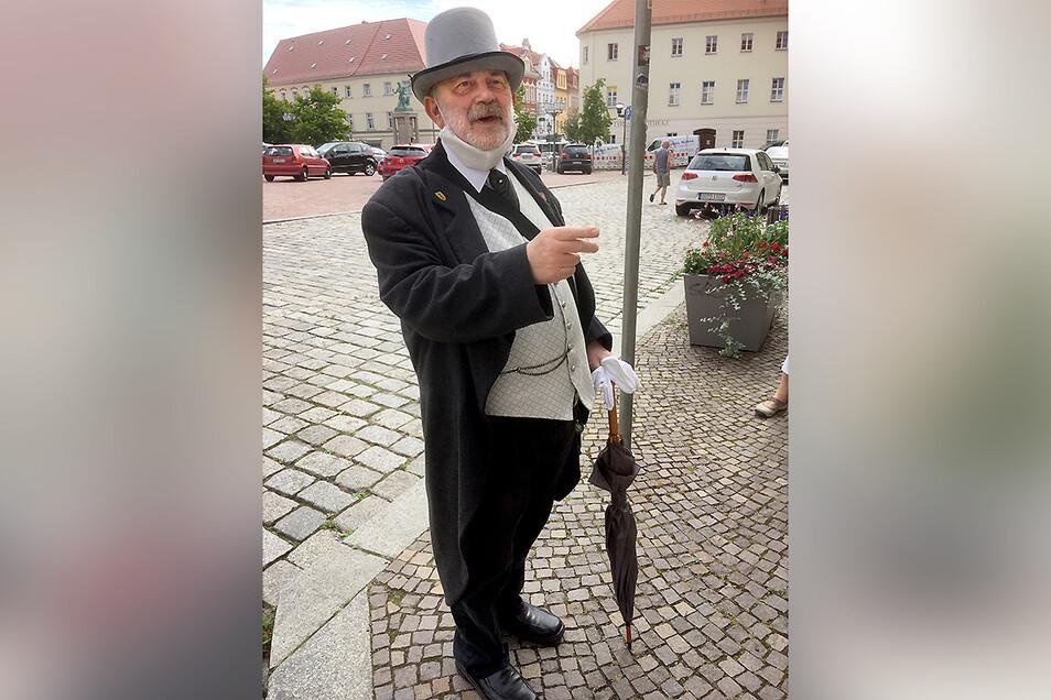 Großenhains Geschichtenerzähler Klaus Hammerlik in seinem Element.
