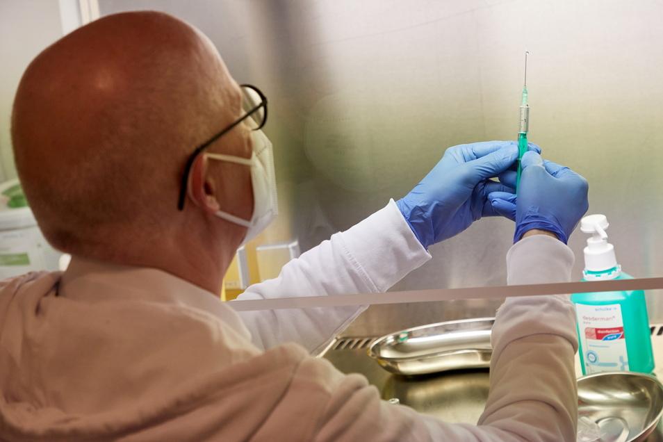 Senioren können sich Ende März in Neusalza-Spremberg gegen Corona impfen lassen.