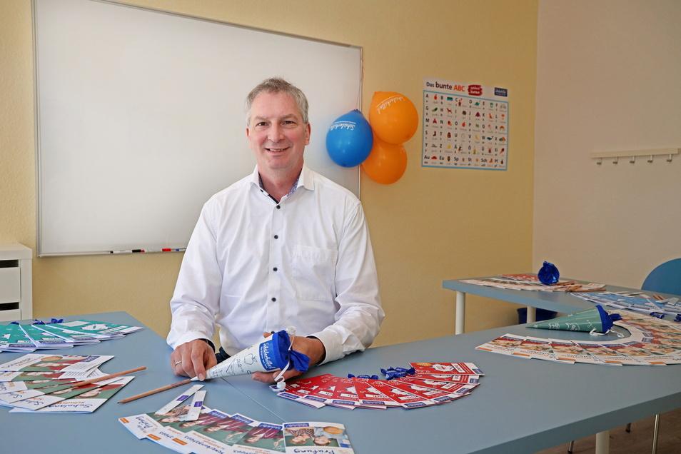 Jörg Träger hat diese Woche in Riesa seine zweite Schülerhilfe eröffnet – eine erste betreibt er in Finsterwalde, seine Frau zudem eine in Torgau.