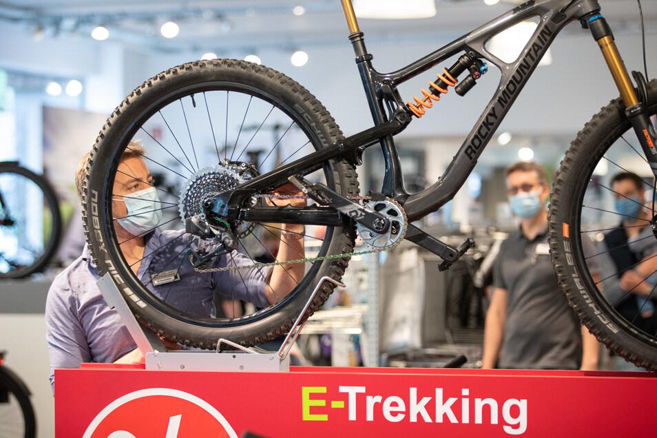 Trotz zunächst schmerzhafter Einbußen in der Corona-Krise gibt die Fahrradindustrie das laufende Geschäftsjahr nicht verloren.