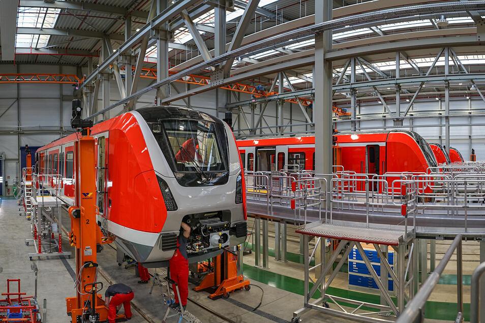 Der Schienenfahrzeughersteller Bombardier in Bautzen bereitet sich auf Kurzarbeit vor.