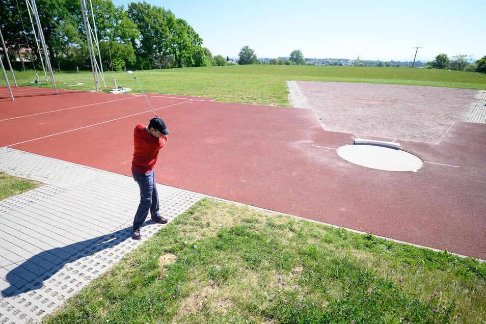Es ist so langsam Bewegung auf den sächsischen Sportplätzen. Ab Mitte Mai dürfen dann auch Innensportanlagen im Freistaat wieder öffnen.