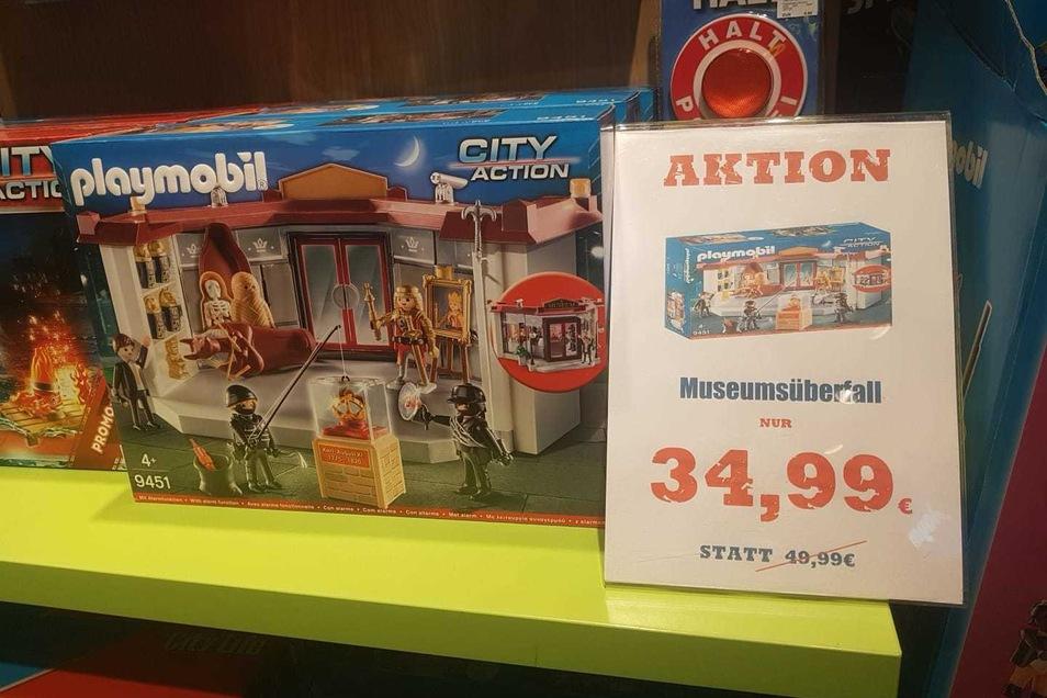 In der Dresdner Altmarktgalerie entdeckt: Ein Museumsüberfall als Playmobil-Spiel. Allerdings gab es das Spiel schon vor dem Einbruch in das Grüne Gewölbe.