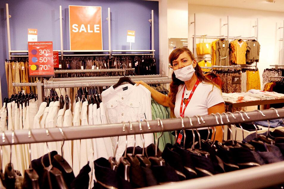 C&A bietet nicht nur Jeans und Bademode zu Superpreisen.
