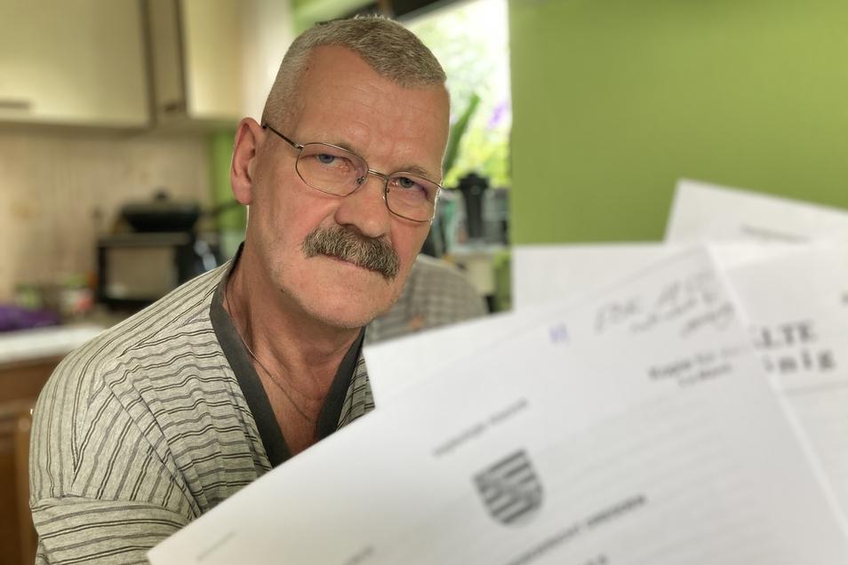 Lutz Tietze hat wegen seines Führerscheins viel Ärger mit der Behörde.