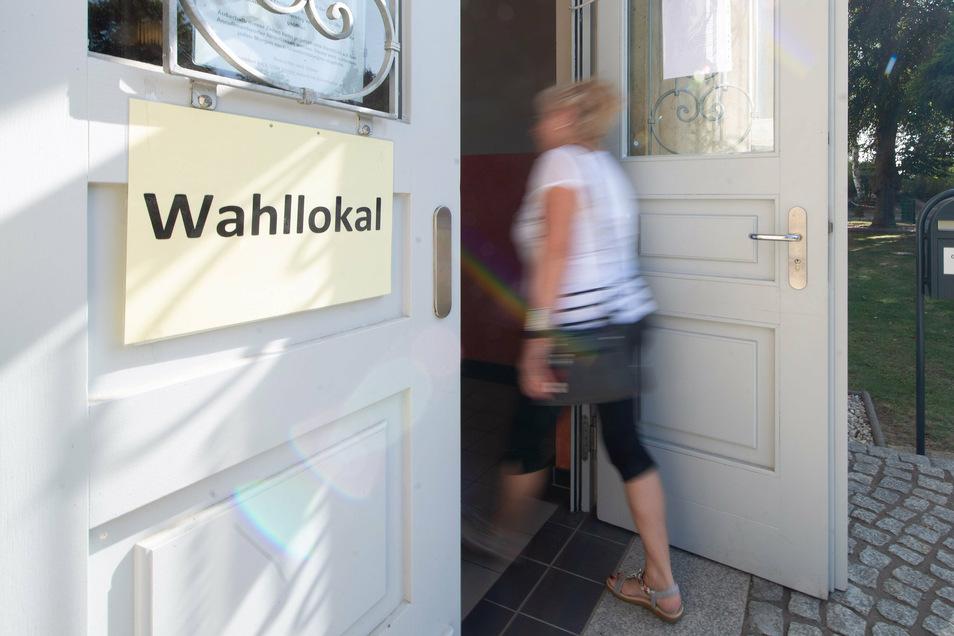 Beim ersten Wahlgang der Bürgermeisterwahl in Arnsdorf lag die Beteiligung bei rund 65 Prozent. Am Sonntag findet der zweite Wahlgang statt.