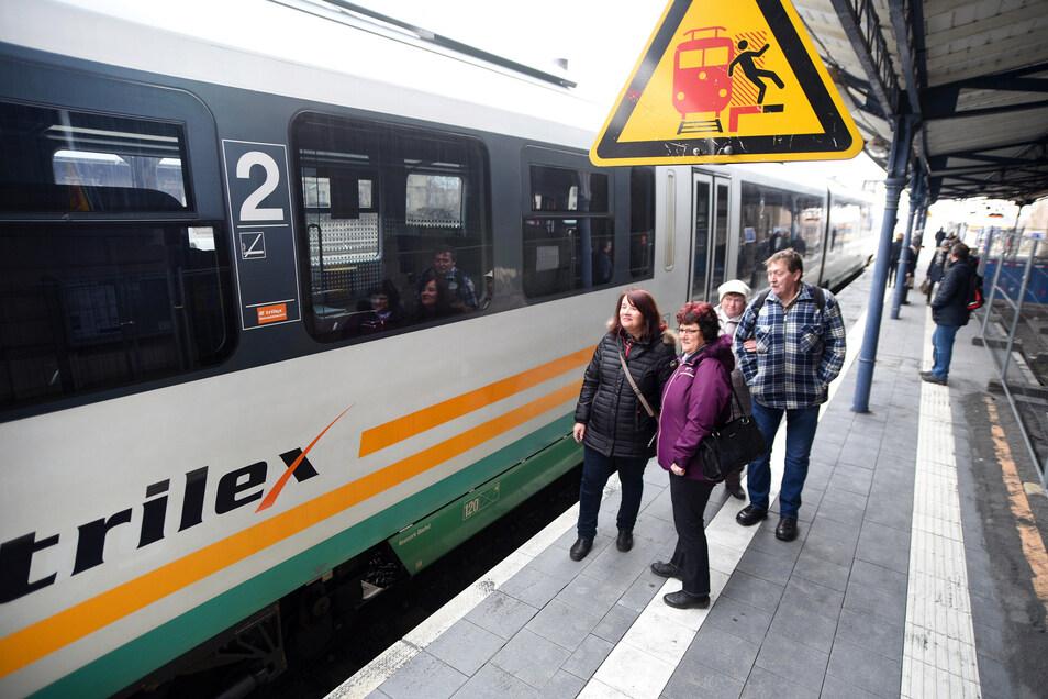 Der Trilex im Zittauer Bahnhof.