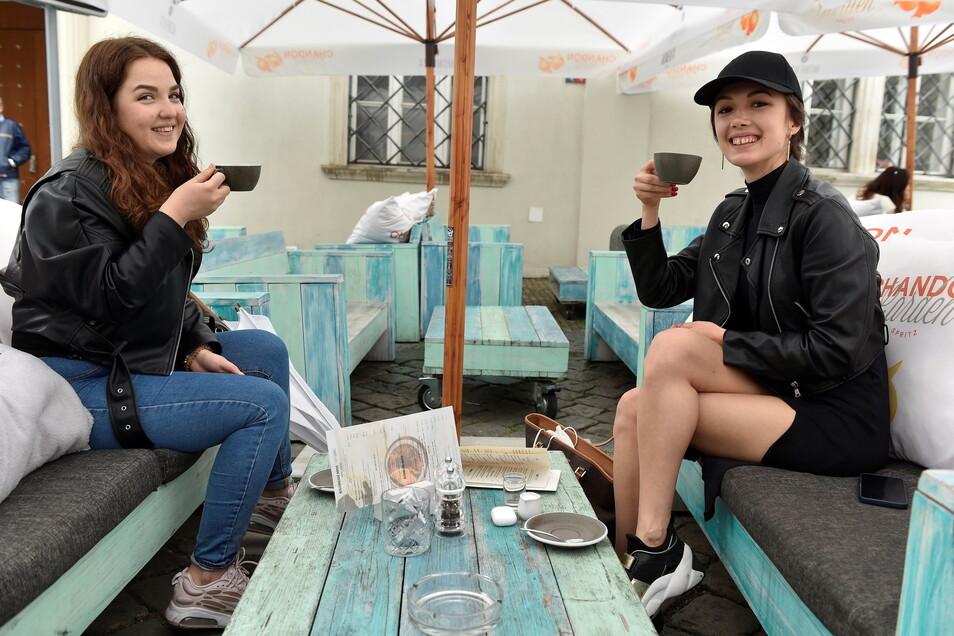 Vor Gaststätten und Cafés sitzen - das ist ab Pfingstmontag im Landkreis Bautzen wieder möglich.