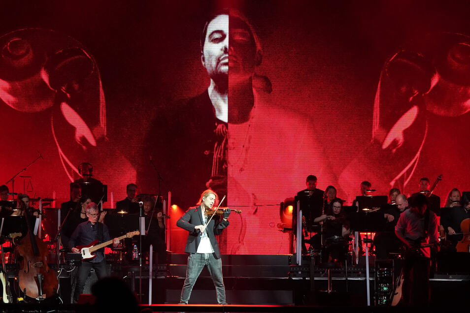 """Zum Tourauftakt seiner Tour """"Unlimited - Greatest Hits - Live 2019"""" spielt der Geiger David Garrett in der Messe Chemnitz."""