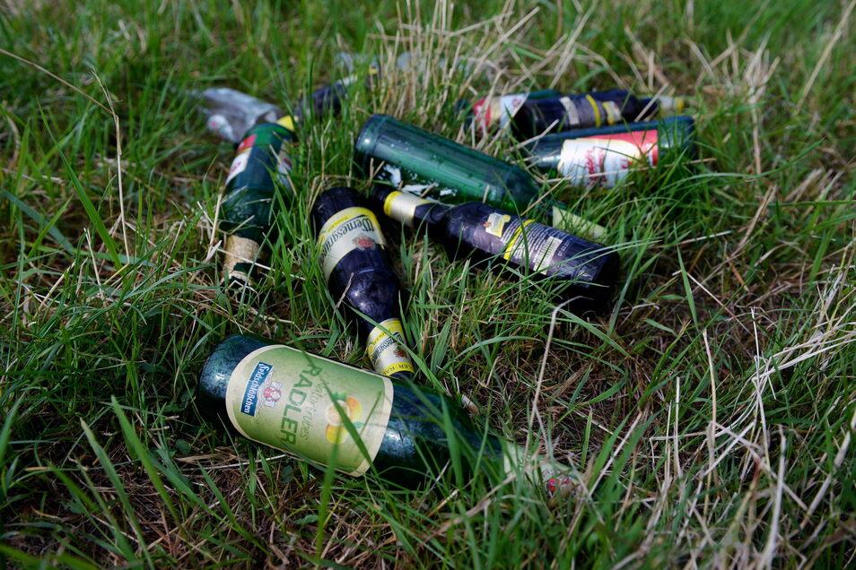 Müllsünder lassen ähnlich wie auf diesem Foto oft ihre Abfälle im Kamenzer Forst zurück.