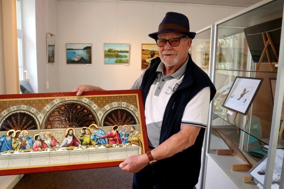 Manfred Richter (82) ist leidenschaftlicher Hobbymaler. Am liebsten malt er mit Ölfarben. Nach vielen Ikonen entstanden in den vergangenen Jahren vor allem Porträts und Landschaftsbilder.