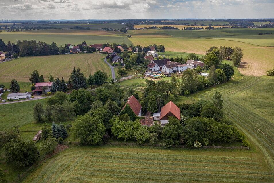 annsdorf aus der Vogelperspektive: die Bewohner des Ortes zeigten sich bei der Umfrage in Ebersbach am unzufriedensten.