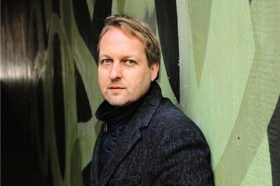 Thilo Krause stammt aus Dresden, lebt in Zürich.