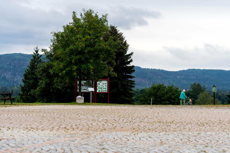 Festplatz in Lichtenhain: Hier sollen Wohnmobile für eine Testphase legal parken dürfen.