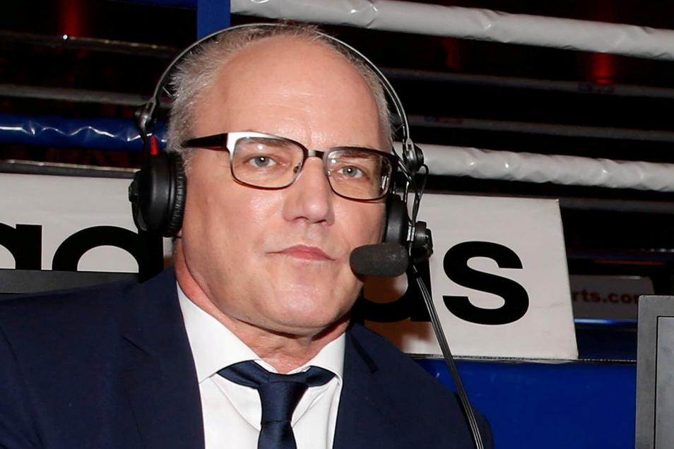 Heiko Mallwitz ist Kommentator, Firmensprecher und einer von zwei Festangestellten bei Ostsport-TV. Nebenbei arbeitet er weiter für den Sender Sky.