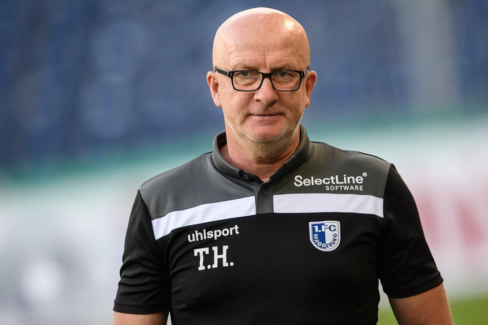 Thomas Hoßmang hat in Dresden einst für Dynamo und den DSC gespielt. Als Trainer des 1. FC Magdeburg steht er vor dem Ost-Duell unter Druck.