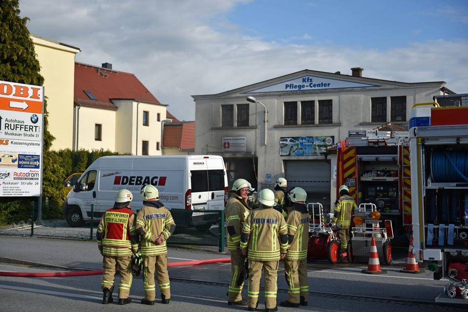 In der Autowaschanlage in Stiebitz hat es am Donnerstagnachmittag gebrannt.